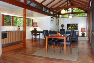 Crystal Creek Rainforest Retreat - QLD Tourism