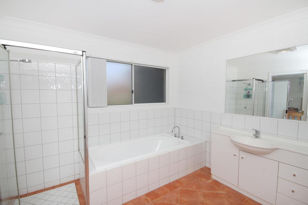 FANTASTIC HOLIDAY UNIT IN A PERFECT LOCATION - QLD Tourism