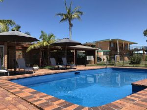 Haven Waters Motel  Apartments - QLD Tourism