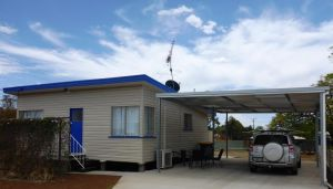 Holiday House Clermont - QLD Tourism