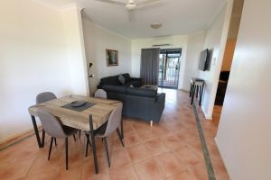 Lakeview Apartments - QLD Tourism
