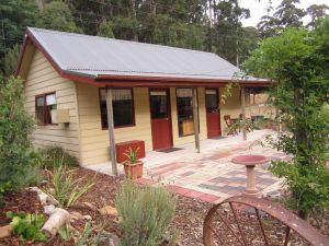 Molenda Lodge Farm Let - QLD Tourism