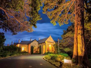 Mount Lofty House - MGallery by Sofitel - QLD Tourism