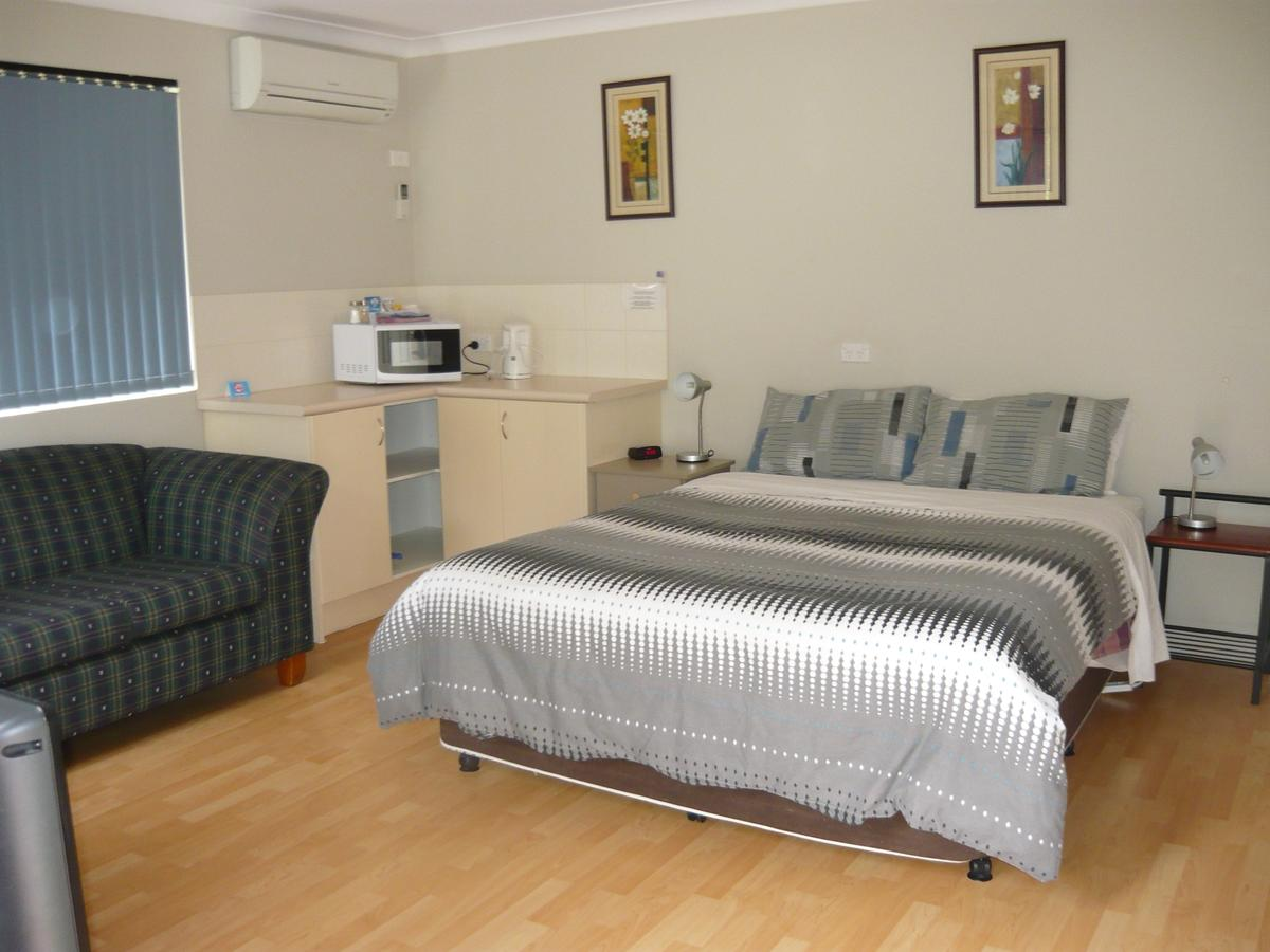 Albany Apartments - QLD Tourism