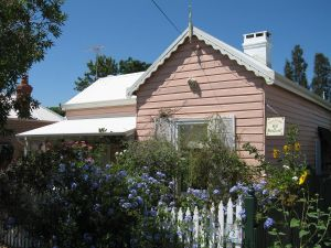 RoseMoore Bed  Breakfast - QLD Tourism