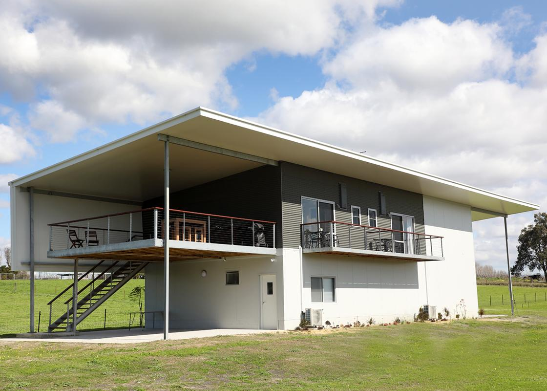 Lot113 Vineyard Accommodation - QLD Tourism