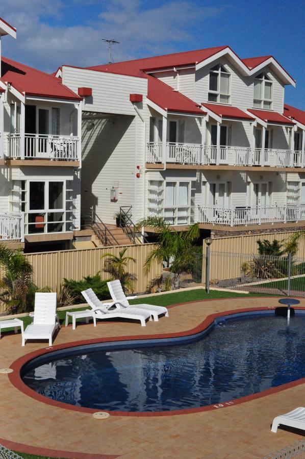 The Jetty Resort - QLD Tourism