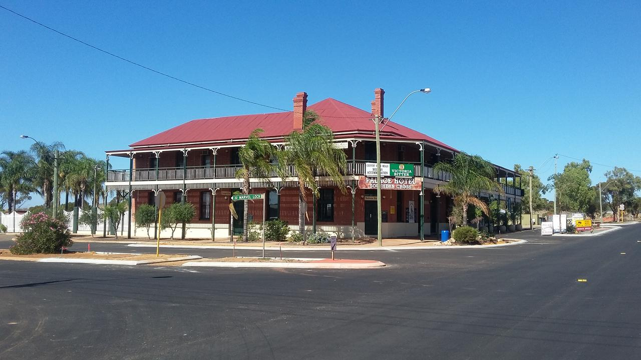 The Palace Hotel - QLD Tourism