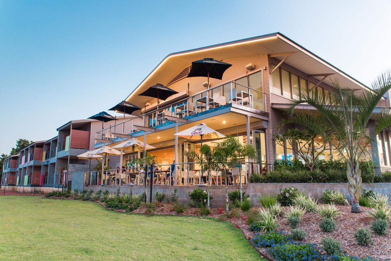 Onslow Beach Resort - QLD Tourism