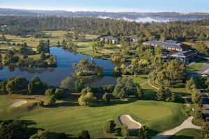 Country Club Tasmania - QLD Tourism