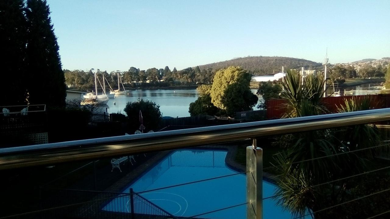 Waterfront Lodge Motel - QLD Tourism
