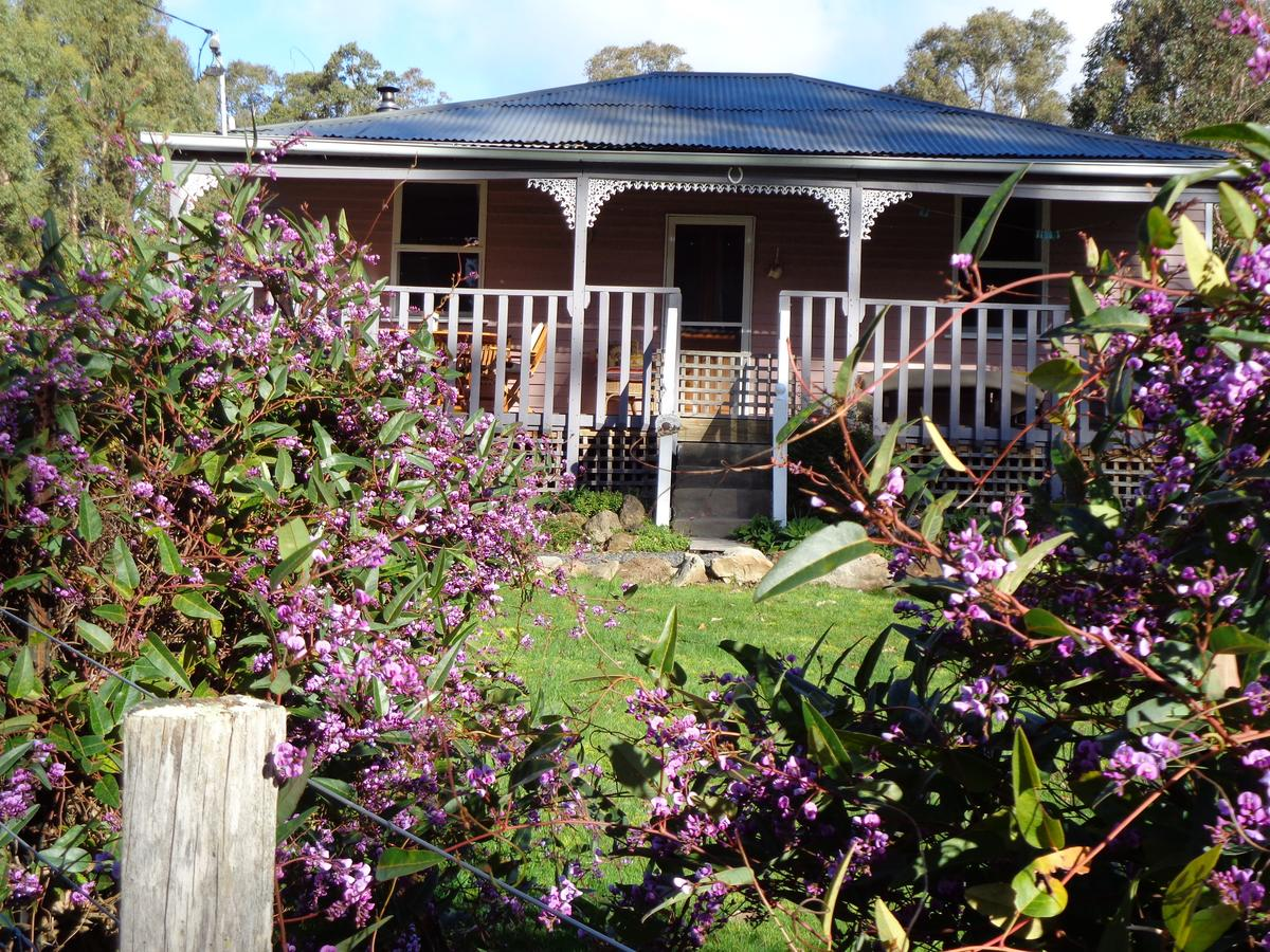 Post House Cottage - QLD Tourism