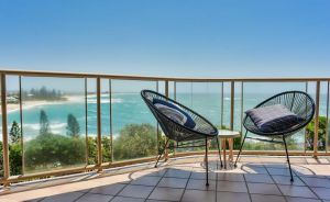 Ocean Front Moffat Beach Private Rooftop Terrace Walk to cafe's restaurants - QLD Tourism