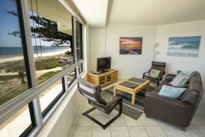 Oceanside Resort - Absolute Beachfront Apartments - QLD Tourism