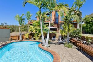 Panorama Beach House - QLD Tourism
