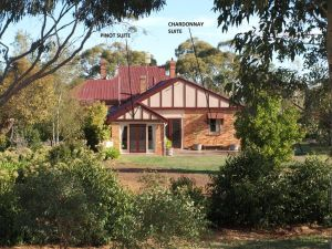 Pierrepoint Bed  Breakfast - QLD Tourism