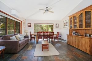 Porepunkah Elms - Holiday House - QLD Tourism
