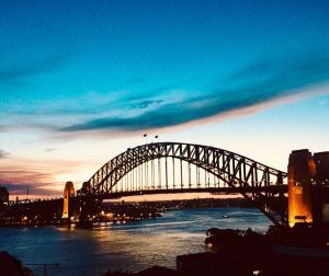 Short Stay Breathtaking Sydney Harbour View Apartment - QLD Tourism
