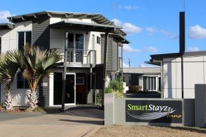 Smart Stayzzz Inns - QLD Tourism