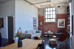 Stylish Warehouse Conversion In The Heart of Fitzroy - QLD Tourism