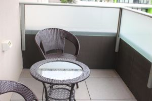 Poplar Box Hill Apartment - QLD Tourism