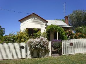 Miss Pym's Cottage - QLD Tourism