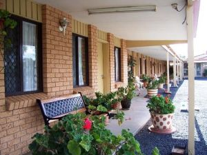 Three Ways Motel - QLD Tourism