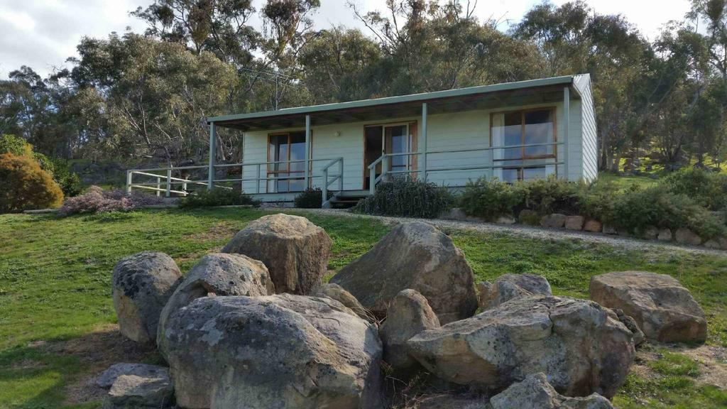 Warby Cottage - QLD Tourism