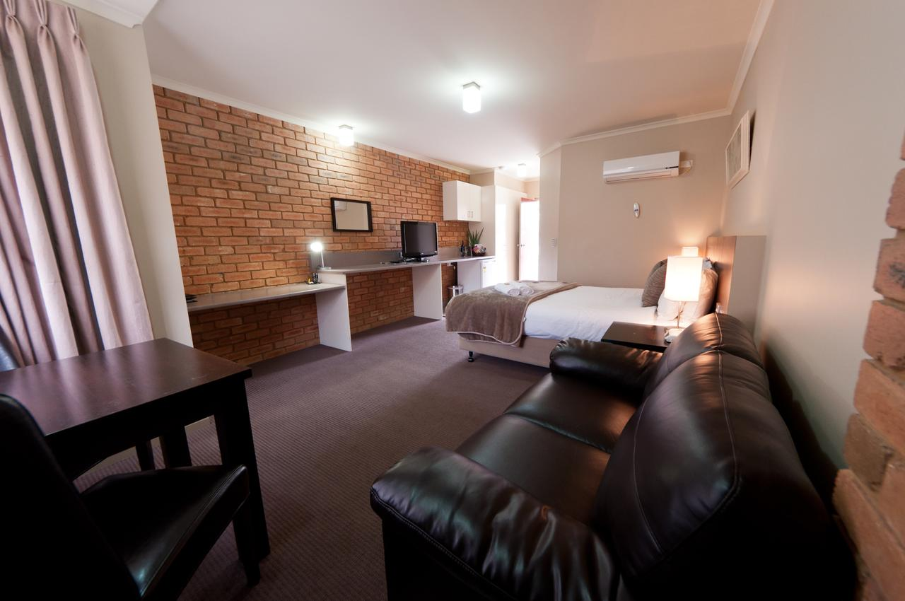 National Hotel Complex Bendigo - QLD Tourism