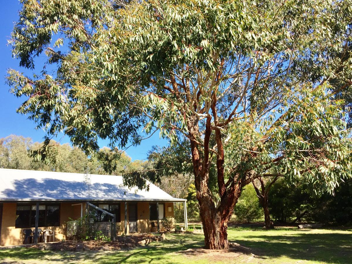 Grampians Pomonal Cottages - QLD Tourism