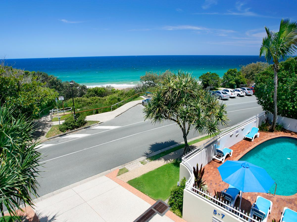 La Mer Sunshine Beachfront - QLD Tourism
