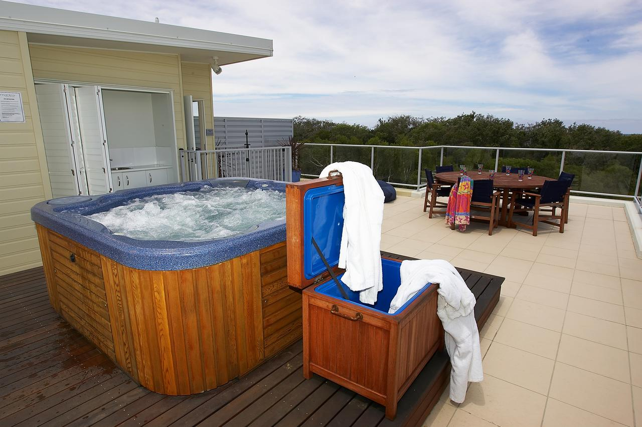 Sand Dunes Resort Accommodation - QLD Tourism