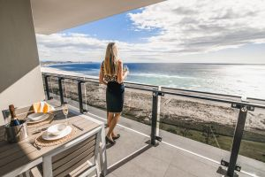 Iconic Kirra Beach Resort - QLD Tourism