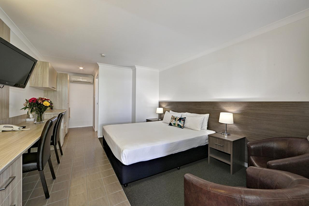 Smart Motels Bert Hinkler - QLD Tourism