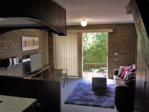 A Furnished Townhouse in Goulburn - QLD Tourism