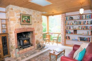 Adelaide Hills 'Camellia Cottage' - WiFi - QLD Tourism