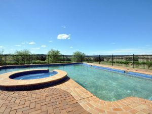 Beggars Bridge Vineyard Homestead w/ pool  wifi  tennis  vineyard - QLD Tourism