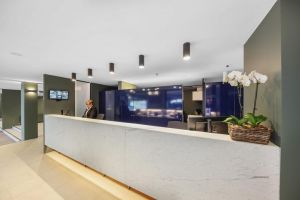 Belconnen Way Hotel  Serviced Apartments - QLD Tourism