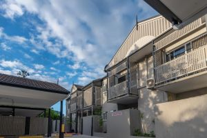 Benson Court Motel - QLD Tourism