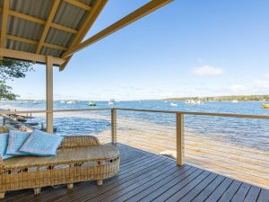 Bluewater - riverfront location with water views - QLD Tourism